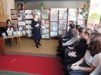 b_200_150_16777215_00_images_Children_library_Meet-with-poets_Встреча_с_поэтами_2_2.JPG