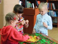 b_200_150_16777215_00_images_Children_library_Про_Алешу_3.JPG